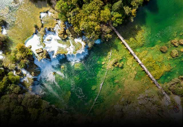 Krka waterfalls & Plitvice lakes excusrions -Splitlicious