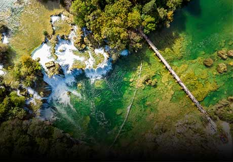 Krka waterfalls & Plitvice lakes excusrions - Splitlicious