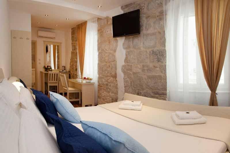 splitlicious_luxury_rooms_1_1236x960